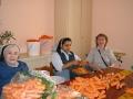 Main à la pâte pluche carottes